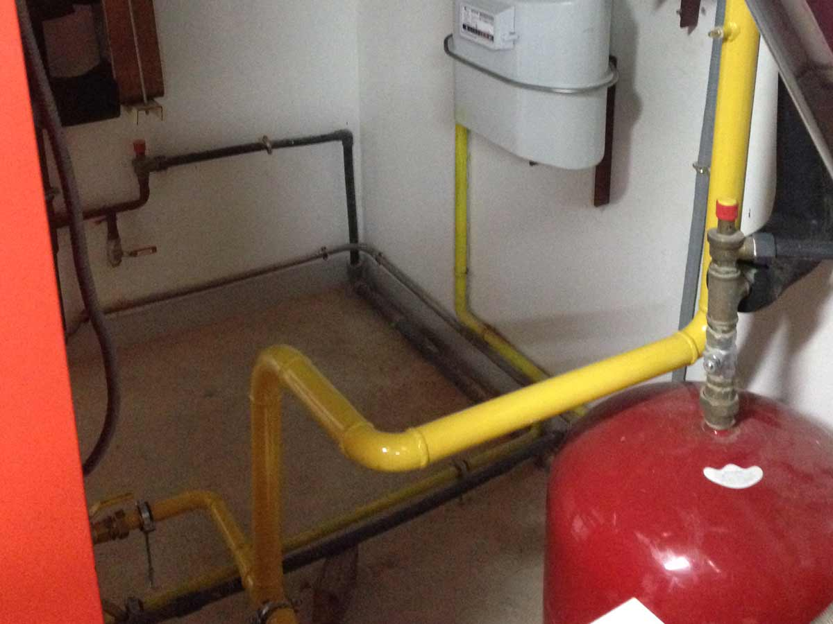 instalación caldera de gas en piscina